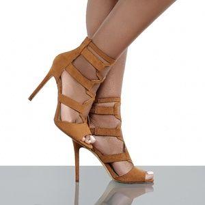 e37cc7ad104 Shoe Limitless s Closet ( shoelimitless)